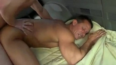 baitbus  cumshots  gay man