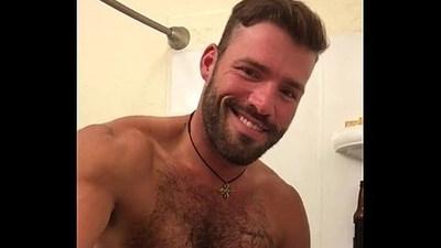 bodybuilder  gay sex  handsome